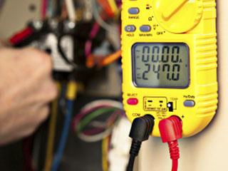 Проверка на електрическо табло за неизправности